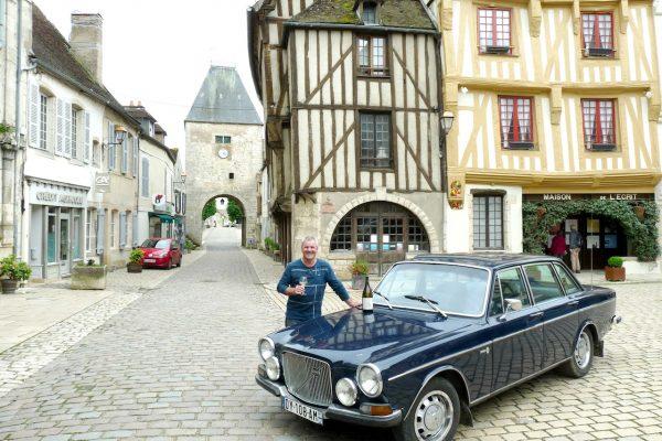 """Volvo 164, la """"Jaguar suédoise""""+le nouveau XC 40"""