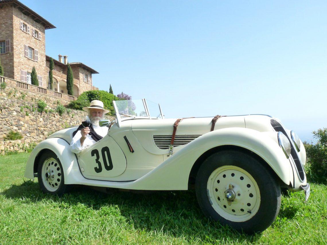 Josef Schengili de château Volterra au volant de sa BMW 328 de 1937