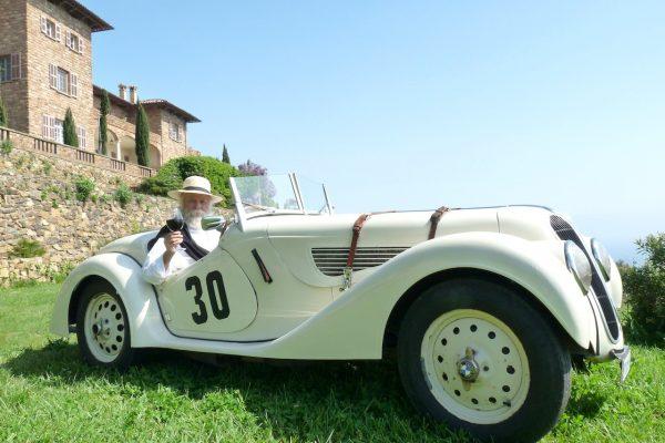 La retraite tropezienne d'une  BMW 328 de 1937