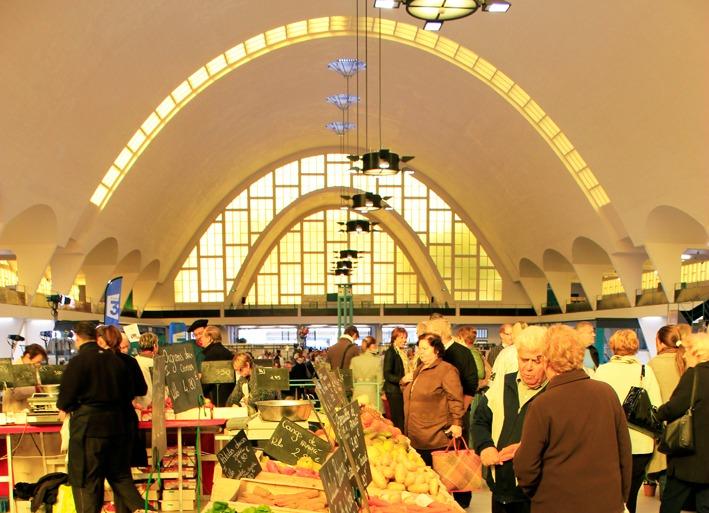 Les Halles du Boulingrin et leur spectaculaire voute en béton (Photo Carmen Moya)