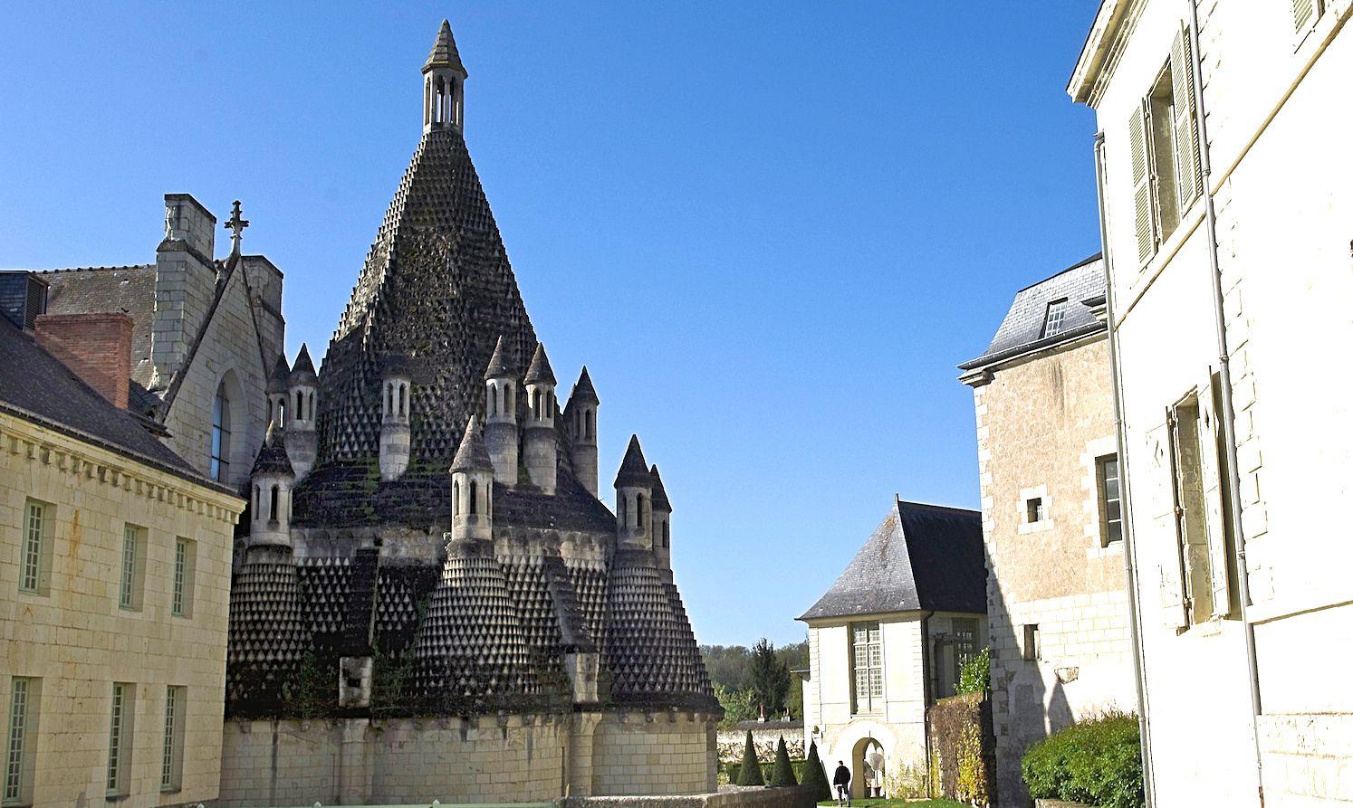 Les étonnantes cuisines de l'abbaye de Fontevrault
