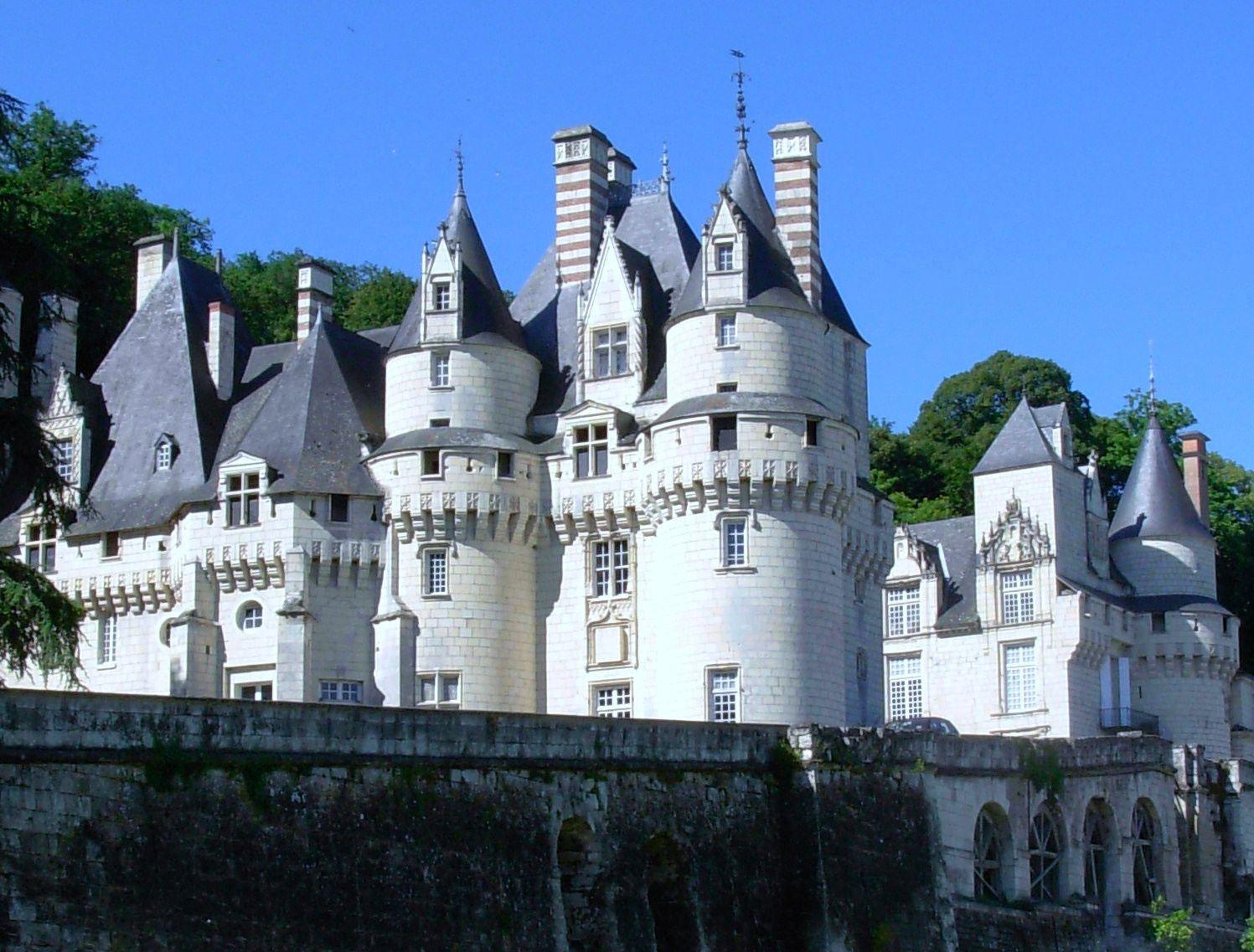 Le château d'Ussé qui inspira Charles Perrault pour celui de la Belle au bois dormant.