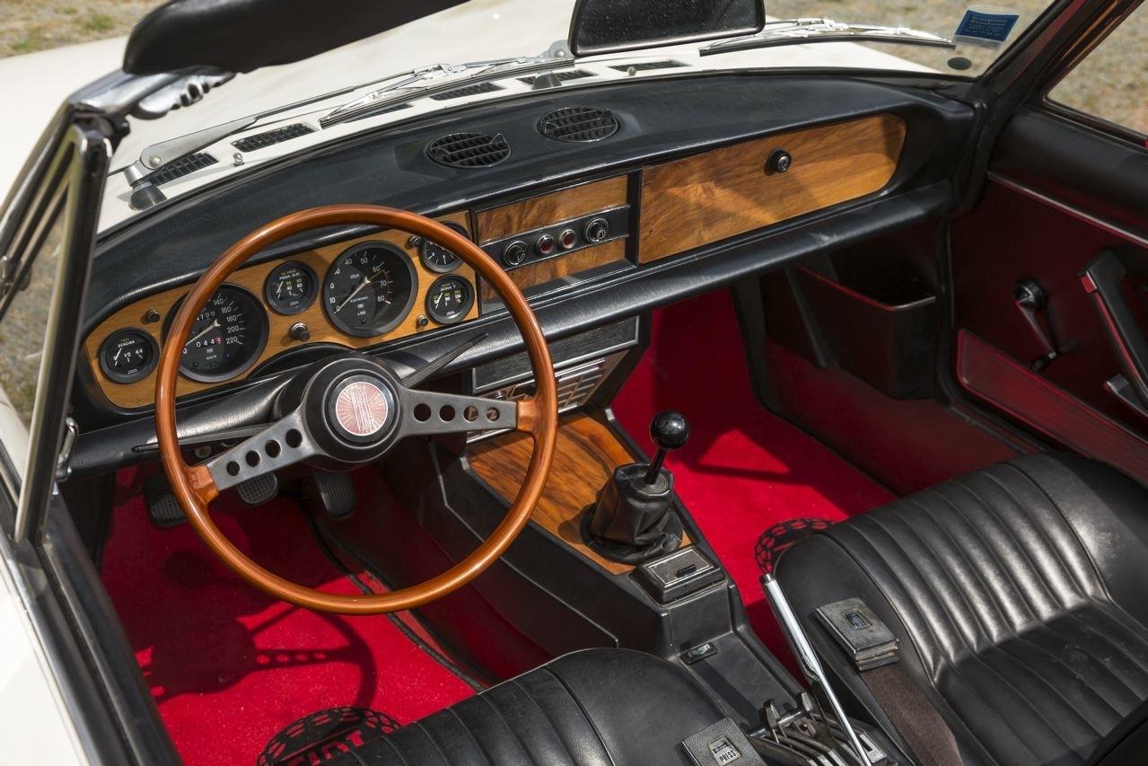 interieur Fiat 124 spider de 1966