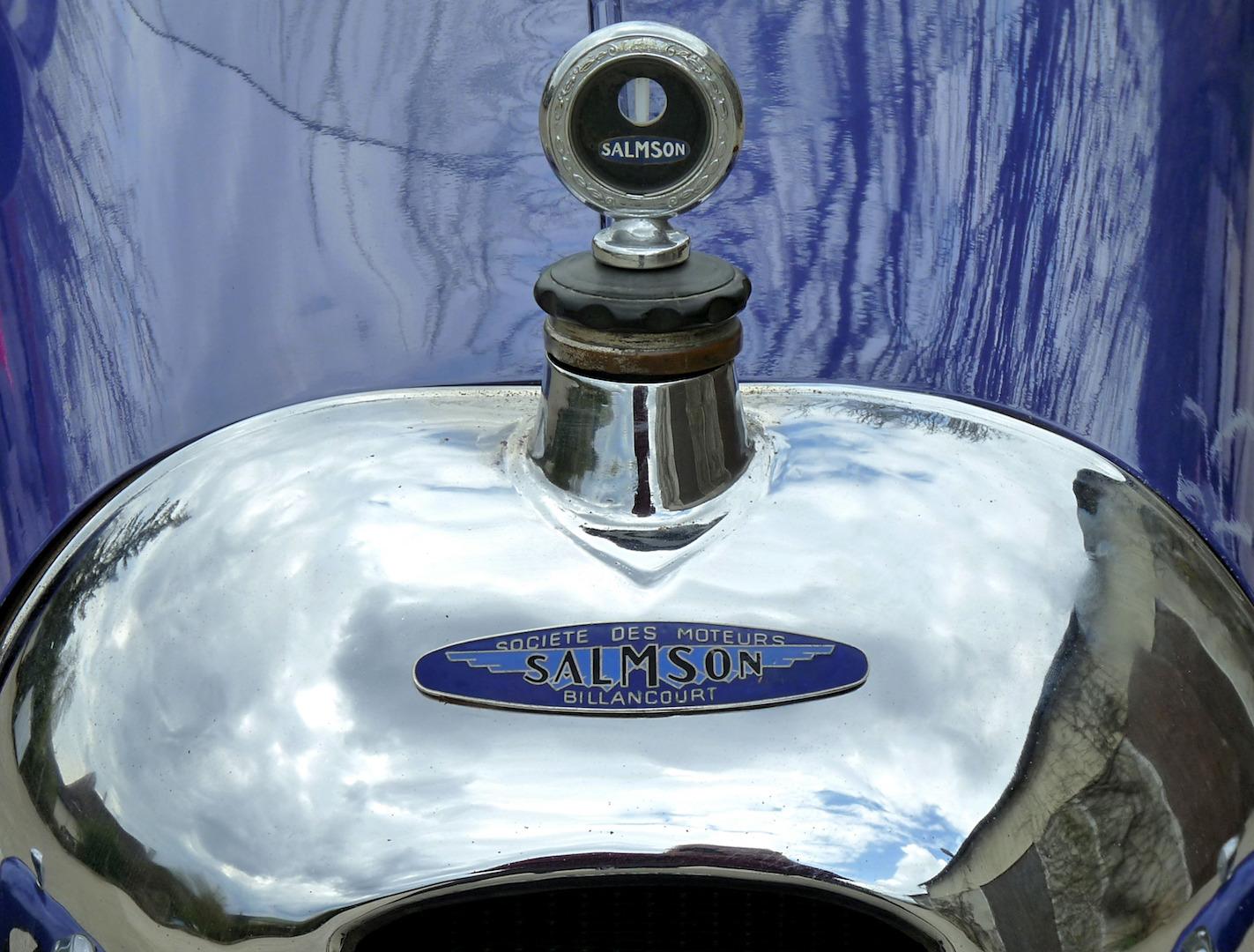Salmson S4 sport :l e bouchon de radiateur