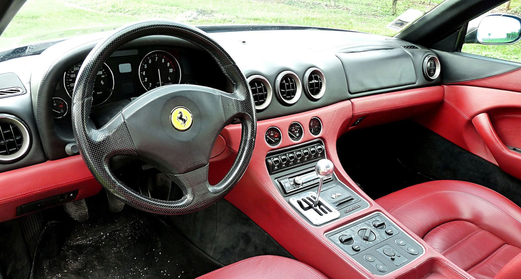 Ferrari 456 MGT planchede bord