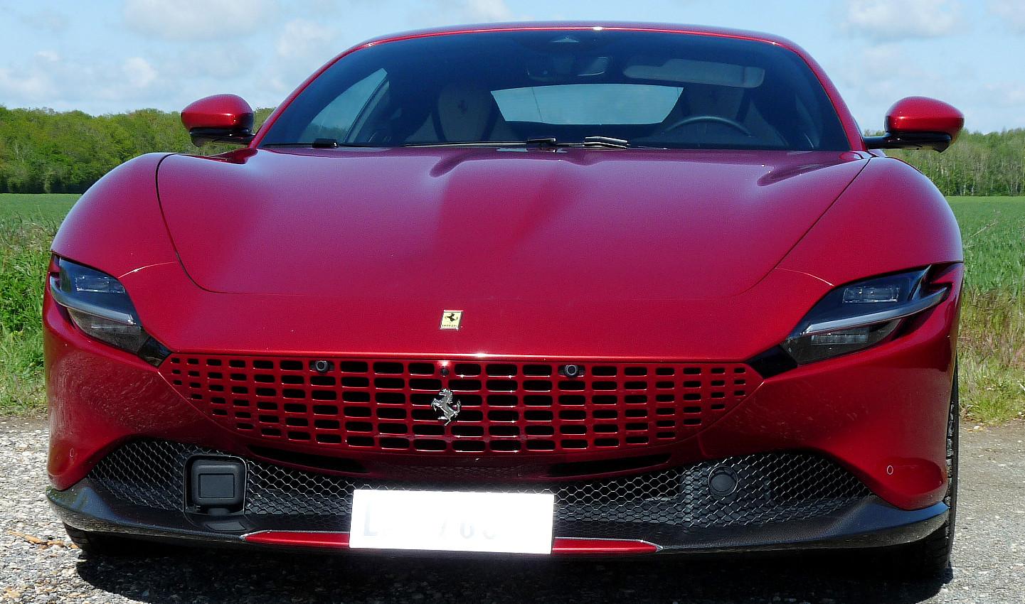 Ferrari Roma avant