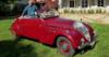 Une 302 Peugeot cabriolet au beaujolais