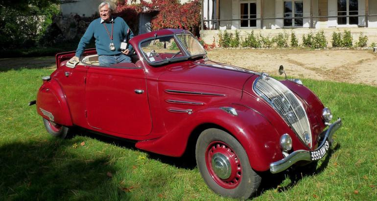302 Peugeot cabriolet (OUV)